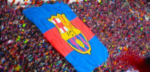 FC Barcelona fodblod klub flag og fans